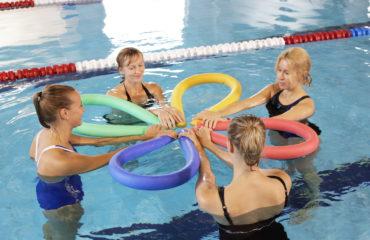 aqua vesi aeroobika trenn ujula